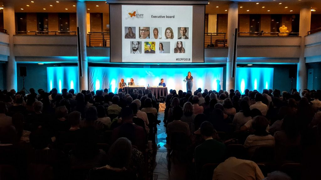 ENPP President Dóra Guðmundsdóttir and the ENPP board (including Hein Zegers, rightmost on this slide) warmly welcome almost 1000 people from all over the world to the European Conference on Positive Psychology.